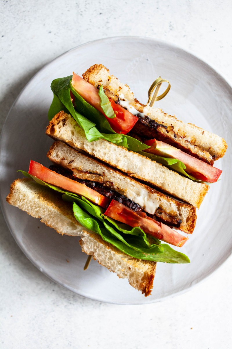 Classic Vegan White Sandwich Bread | The Full Helping